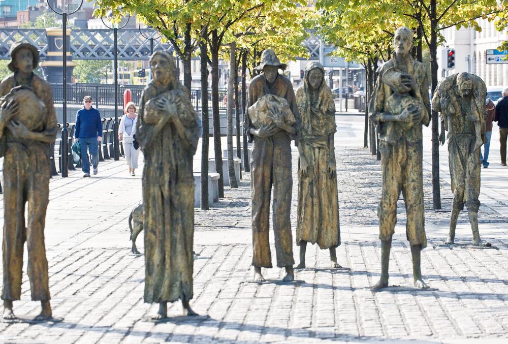В центре Дублина стоит памятник голодомору, устроенному Великобританией. Фото: flickr.com