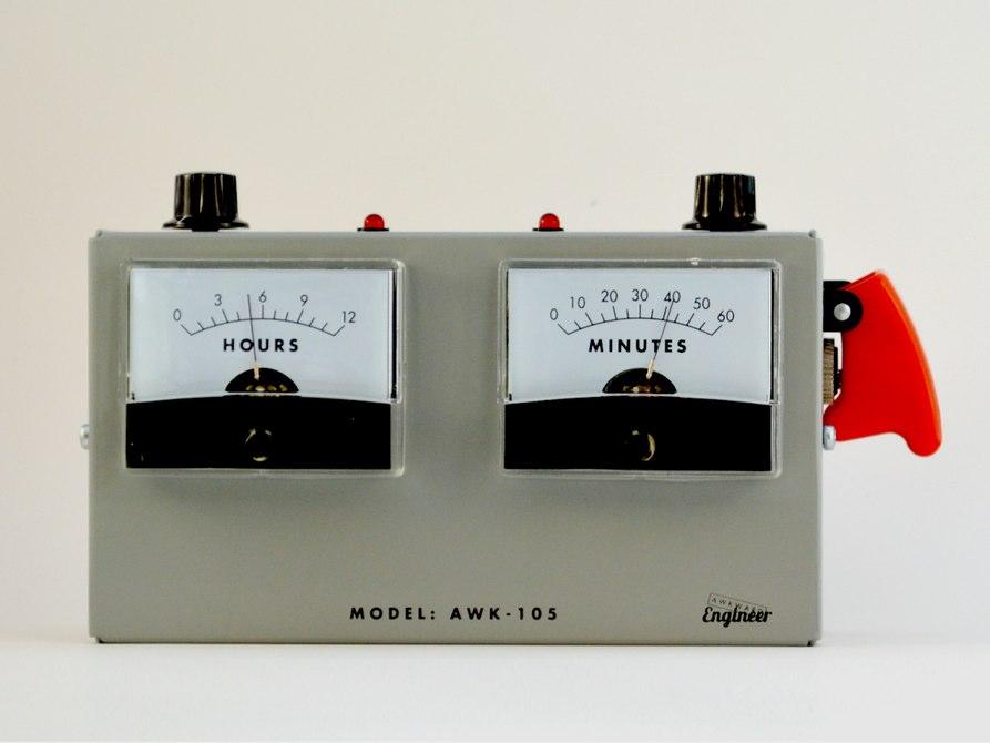 voltmeter-alarm-clock-1[2]