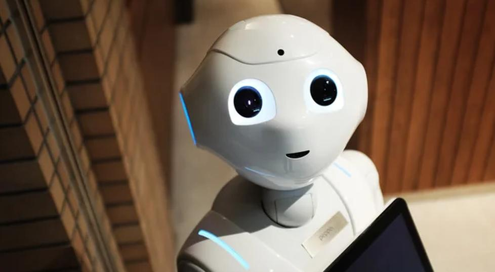 Gartner назвал пять новых технологических тенденций, стирающих границы между человеком и машиной